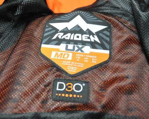6be8e3878ce4b W pakiecie dostajemy protektory D30 i to jest ogromny atut tej kurtki.